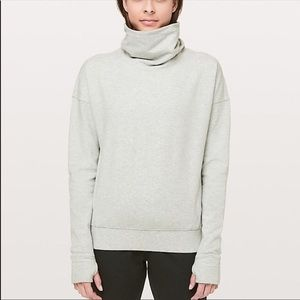 Lululemon grey go forward pullover sz 10 EUC